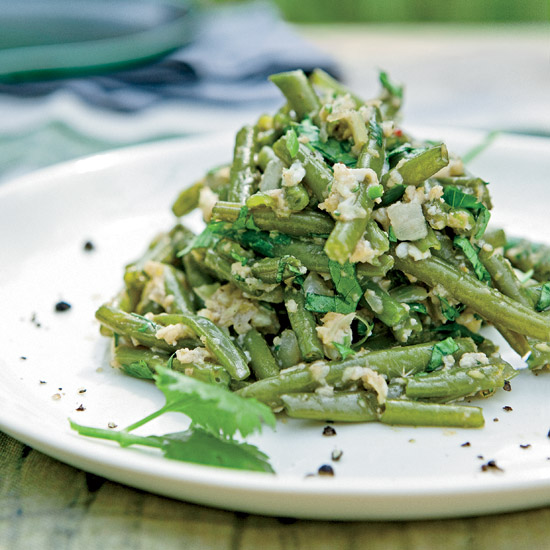 Green Beans with Eggs, Chiles & Cilantro