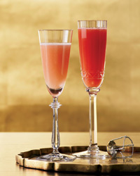 Cocktail recipe: Blood Peach Bellini
