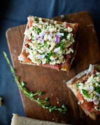 White-Bean and Prosciutto Bruschetta Italian Recipe
