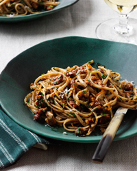 Whole-Wheat Linguine and Walnuts, Orange and Chile