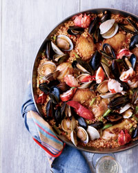 How to Make Paella: Step-by-Step Guide to Grilled Paella
