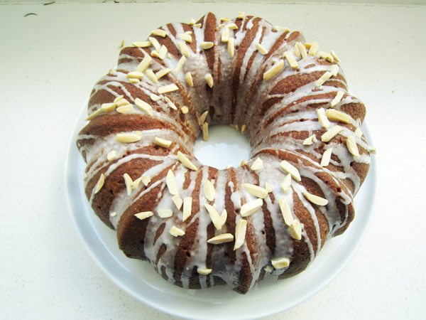 The Most Amazing Lemon Bundt Cake