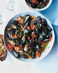 Mussels with White Beans and Chorizo Recipe