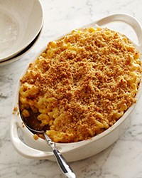 Macaroni and Cheese with Buttery Crumbs
