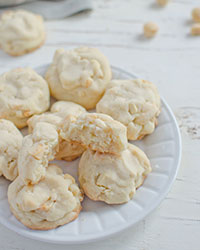 White Chocolate Macadamia Nut Butter Cookies