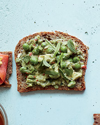 Spicy Avocado and Pea Tea Sandwiches