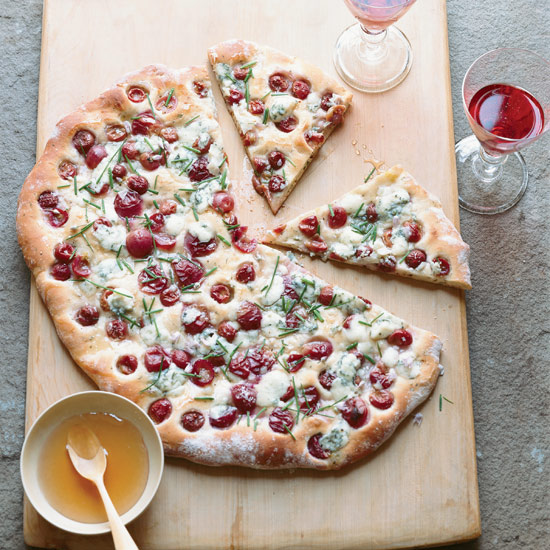 Rosemary Flatbread with Blue Cheese, Grapes and Honey