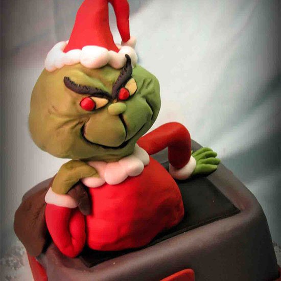 Genius Holiday Fondant: Grinch Cake
